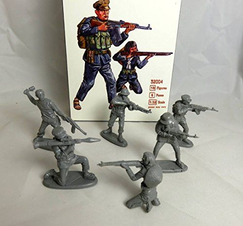 Mars Company: Vietnam War Vietcong, 18 figures in 6 poses, 54mm Offered By Classic Toy Soldiers, Inc