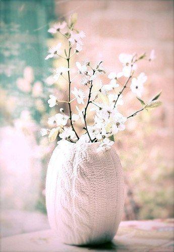 Вязаний декор для вазочки