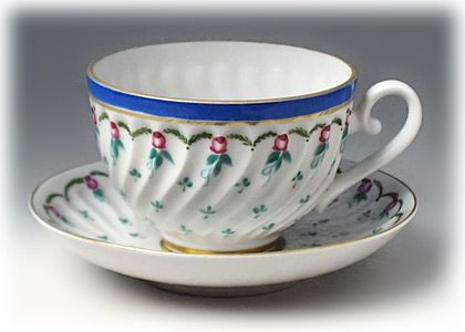 Contemporary tea cup and saucer from Lomonosov/Imperial Porcelain