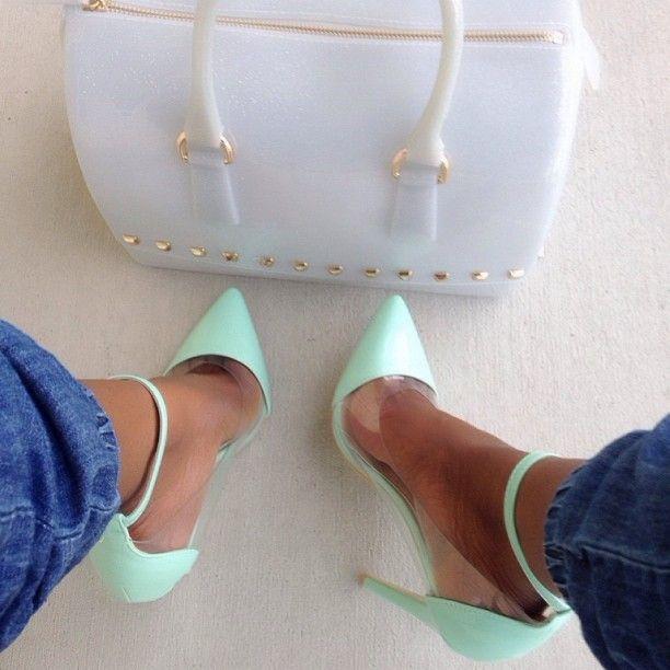 brokegirl-expensivetaste:  More posts like this here.❤️  http://cherry-girl010.tumblr.com/