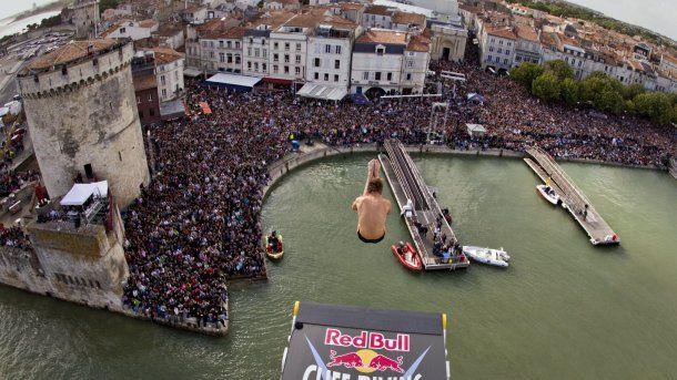 Cliff Diving #LaRochelle #CharenteMaritime May17 2015