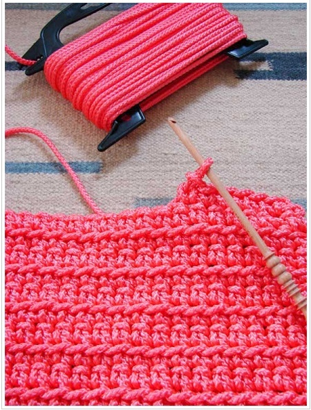 No Pattern, but who cares... do your own thing! Crochet a rug using nylon rope from the hardware store! --- I am so doing this!