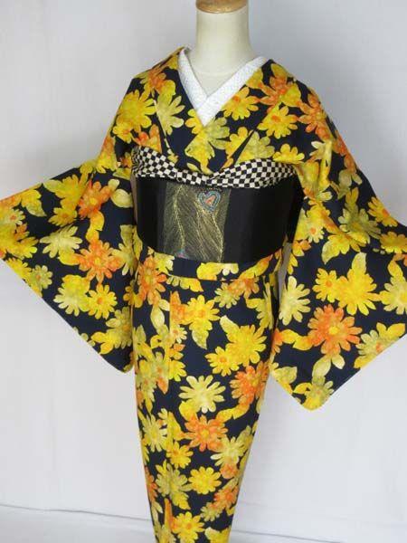 xvpbvx             K20♪とんぼ♪単衣!超美品*サマーウール*ポップ♪着物商品説明黒に近い濃紺地にポップなサマーウールの単衣のお着物です。着用感の感じられない、大変キレイな状態です。手縫い、バチ衿です。◆サイズ(cm)と素材身丈(背中心から)158裄丈65袖丈49前幅23後幅28・7素材・・・ウール◎検品はしておりますが見落としたシミや汚れなどがある場合も有ります。あらかじめ、ご承知おき下さい。◎着物以外は対象外商品です。※お知らせ※ヤマト運輸より宅急便の送料の大幅値上げの要請がござい