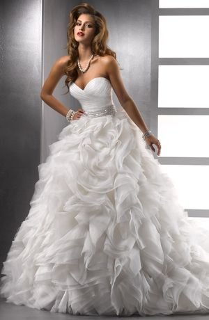 Maggie Sottero Princess/Ball Gown Wedding Dress with Sweetheart Neckline and Natural Waist Waistline