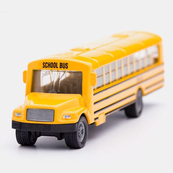 Nimm doch heute mal den Bus ... Mehr SIKU auf http://www.echtkind.de/themenwelten/marken/siku