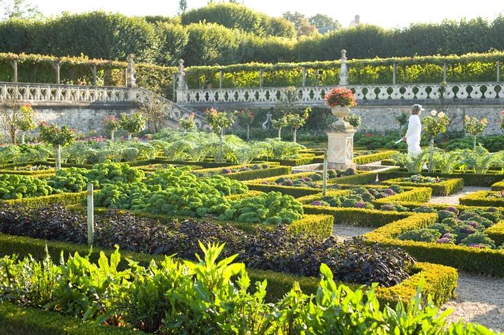 Jardins du Chateau de Villandry, vallée de la Loire