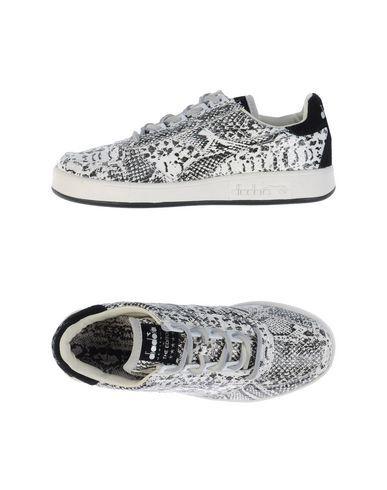 DIADORA Sneakers. #diadora #shoes #low-tops