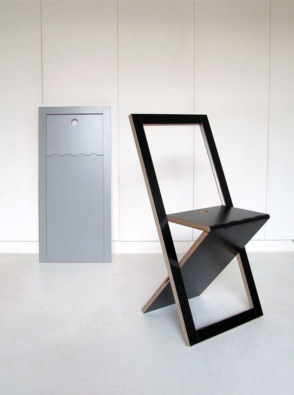 WM, silla plegable de contrachapado por WoodMood.  No sé si sera muy cómoda, pero hay que reconocer que menos no se puede ocupar...