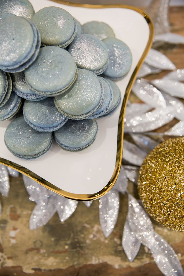 Glitter wedding ideas / Joanna Moss Photography