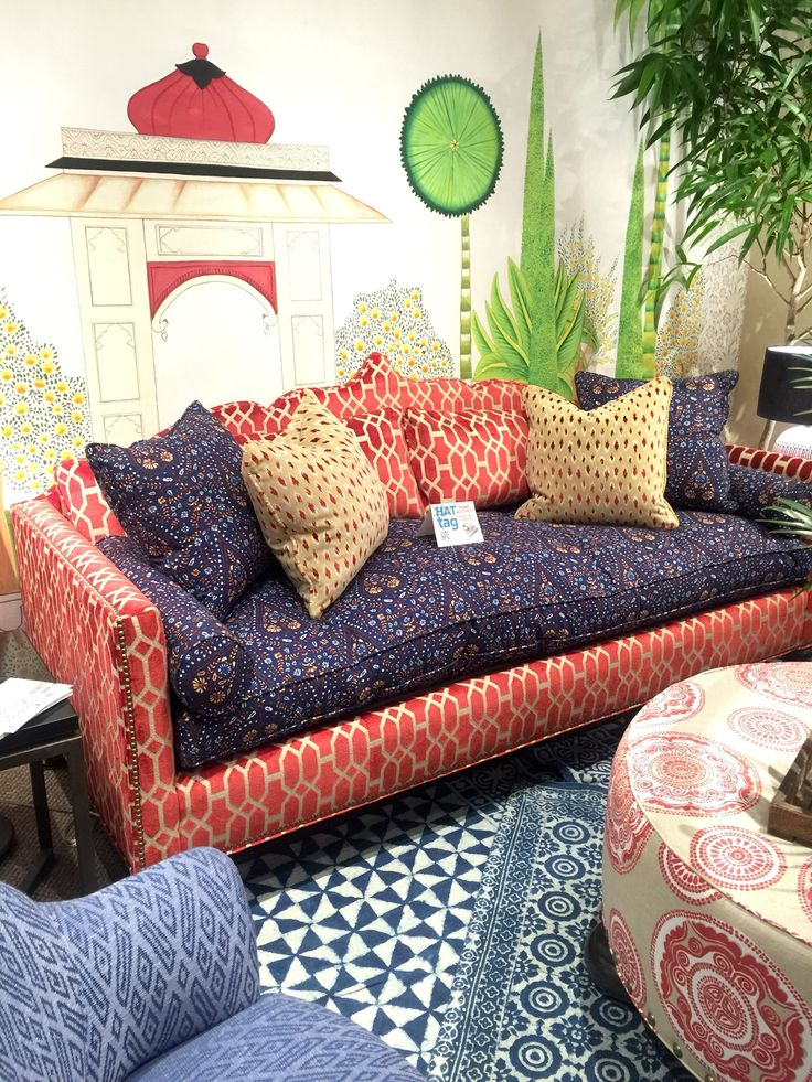 First #HATtag of #HPMKT2016: the Rafi Daybed by John Robshaw for Duralee #fabulous #fabrics IHFC Interhall