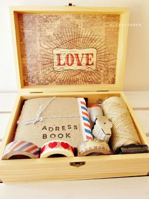 Gift inspiration: DIY letter writing kit from blog de coses - kit per escriure cartes.