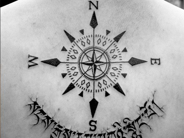 23 Cheerful Compass Rose Tattoo Ideas - SloDive