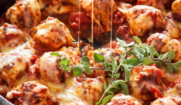 Masové kuličky s mozzarellou