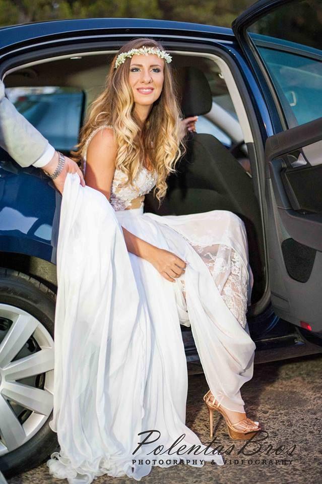 Eleni Kollarou / Nude, lace and chiffon wedding dress