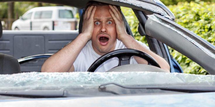 Zákonnú poistku na auto máme všetci, ktoré sme motoristami a majiteľmi motorových Existuje totiž veľa možností, čo všetko sa vám môže stať – do cesty ...