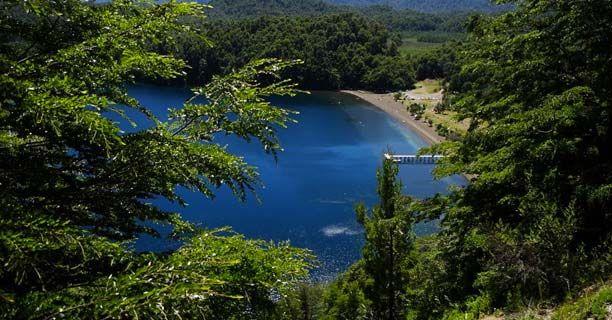 Lago Espejo, Villa la Angostura (la playa lacustre de aguas tibias)
