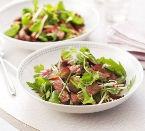 Delicious ASIAN BEEF SALAD, and  under 300 calories!