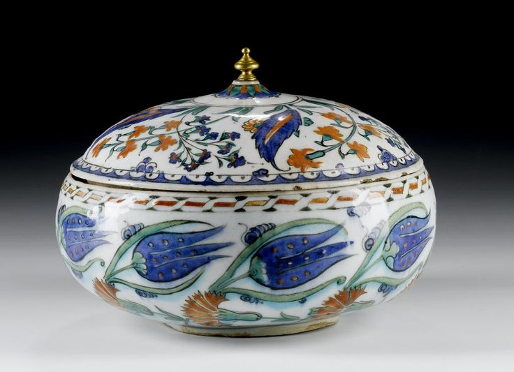 BOWL,Turkey, Iznik, Ottoman, 10th century AH / late 16th century AD