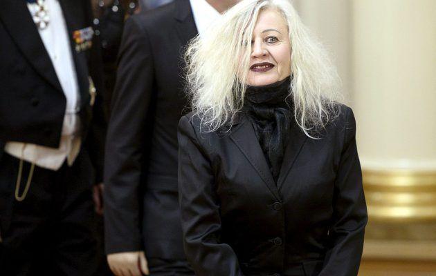 """""""Saksikäsi"""" säväytti Linnan juhlissa – Irma Optimisti on """"niin cool!"""" - Suomenkuvalehti.fi"""