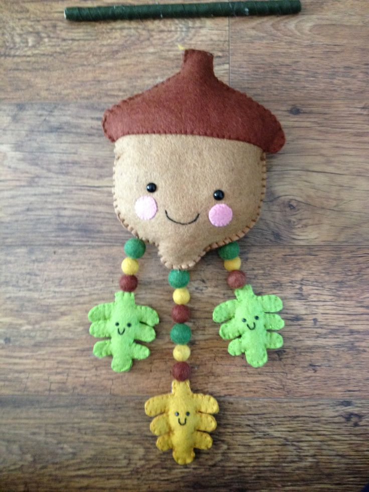 Acorn sewing kit from Felt Folk