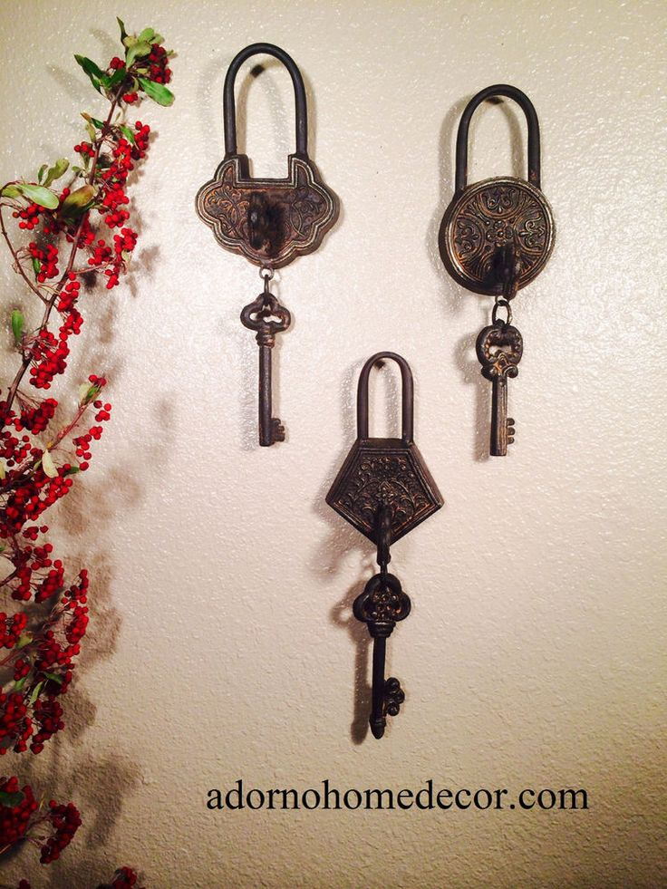 Metal Iron Victorian Skeleton Keys With Lock Keyhole Rustic Antique Wall Decor  | Home & Garden, Home Décor, Wall Sculptures | eBay!