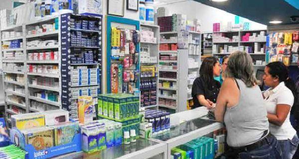 La doctora María Yánez indicó en entrevista con el diario El Nacional que debido a la falta de medicamentos que existe en el país, ha conocido de otros gal