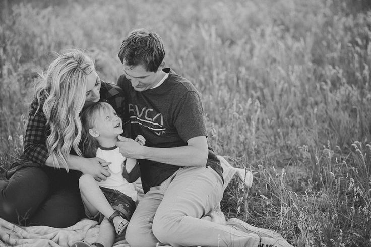Kailey Rae Photography Utah Photographer Utah Family Photographer Snow Basin Mountain Family Pictures
