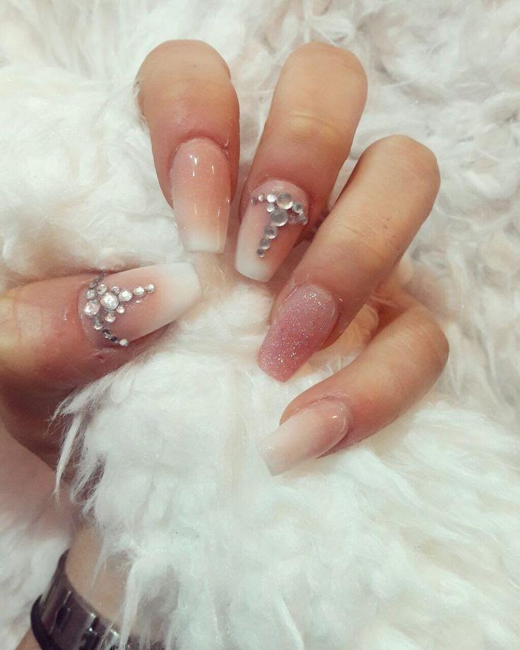 www.fashion-nails.com.ar  uñas esculpidas 💅🏻a domicilio,productos importados.visita mi web para turnos y cursos