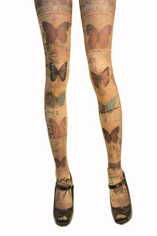 Lurve these tights! The website is in Japanese, but I think that I want about five or eight pairs of the different Verum by Grimoire tights.