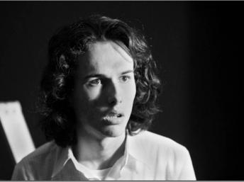 """Andrés Caicedo se suicidó en Cali el 4 de marzo de 1977, el día en que se publicaba """"Que viva la música""""."""