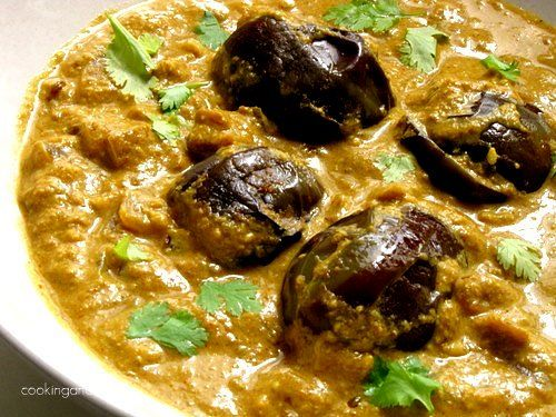Hyderabad Style Bagara Baingan Recipe - Step by Step - vegan - Indian eggplant in creamy sauce