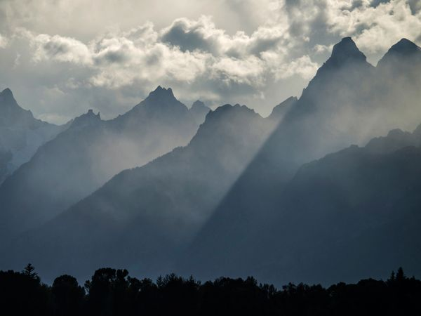 Picture of foggy peaks in Grand Teton National Park