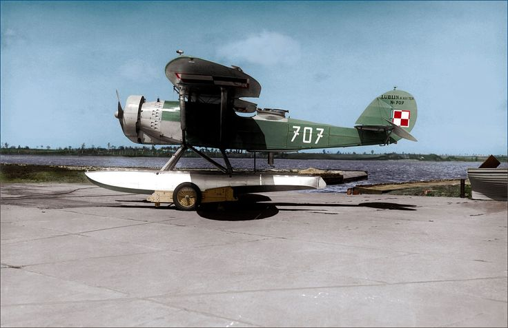 Polish Naval Aviation based at Puck.  Cooperation plane Lublin R-XIII ter/hydro. Photo: Muzeum Obrony Wybrzeża collection