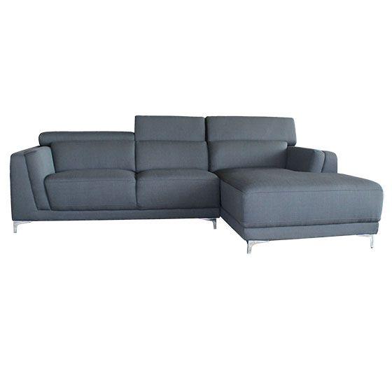 Sectional - BLINI3 - Rodi - Laval / Longueuil - Sectionnel ultra-moderne en cuir véritable ou tissu. Chaise longue à assise ferme pour un confort de longue durée. Appuie-tête ajustable. Piètement en acier chromé.