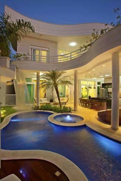 Casa projetada por Aquiles Nicolás Kilari