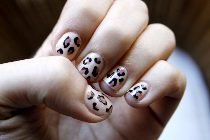 Leopard print nails @ the blog   http://beautystandardblog.com/