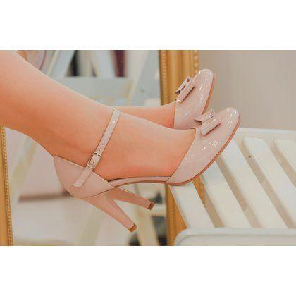 Pantofi retro din piele lacuita lila Amelia