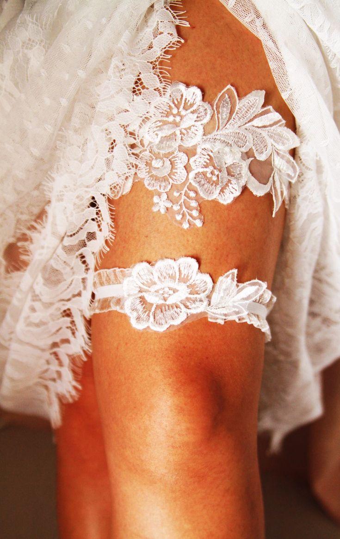 Wedding Garter Set Bridal Garter Set - Ivory Lace Garters Belt - Keepsake Garter Toss Garter Prom Garter Rustic Wedding Boho Wedding