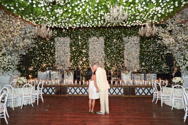 The Peninsula Hotel in Chicago was covered in an impressive array of roses for the wedding of this couple