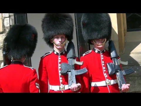 ロンドン塔で警備員を変えること