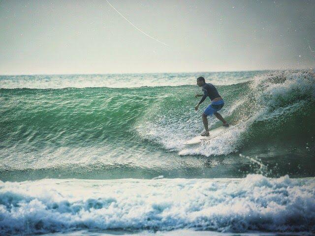 Surfing at Main Point in Arugam Bay Sri Lanka