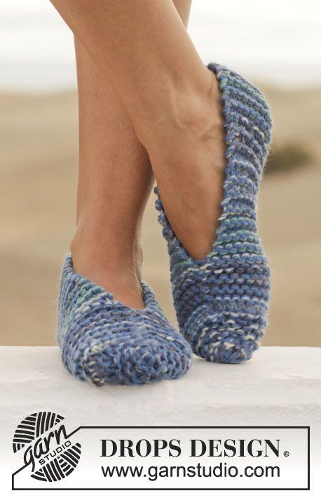 """Zapatillas de punto DROPS en punto musgo con 2 hilos """"Big Fabel"""". Talla 35-46. ~ DROPS Design"""