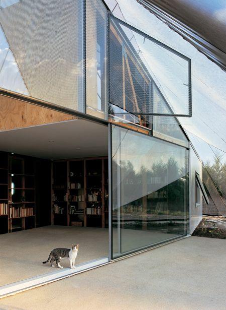 FAR Frohn architects . wall house, vloer binnen en buiten loopt door