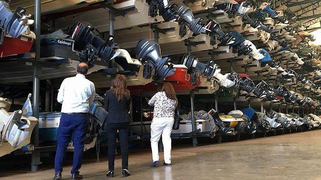 La AFIP labró 81 infracciones en guarderías náuticas en Tigre y San Fernando   La Administración Federal de Ingresos Públicos (AFIP) labró hoy 81 infracciones a la ley de Procedimiento Tributario en un operativo donde relevó 51 guarderías náuticas de la zona de Tigre y San Fernando.  Las infracciones podrían derivar en multas de $ 300 a $ 30.000 y clausuras -además de la multa- de los establecimientos que pueden extenderse de 3 a 10 días.  Entre las irregularidades detectadas se encontraron…