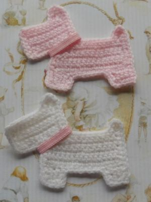 Crochet Scottie Dog Appliques. I need to learn how to crochet just so I can make these.