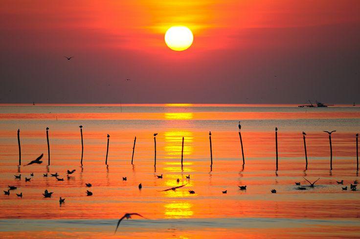 Bang Pu Sunset by Photos of Thailand