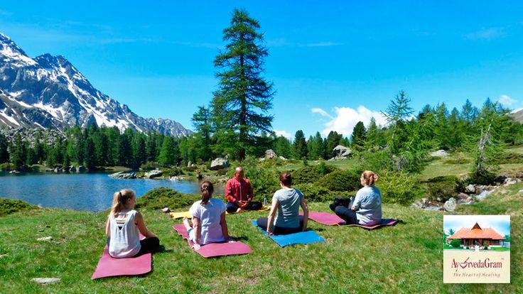 Yoga Wochenende Bernina Yoga-Lehrer Master Mohanty aus Bangalore