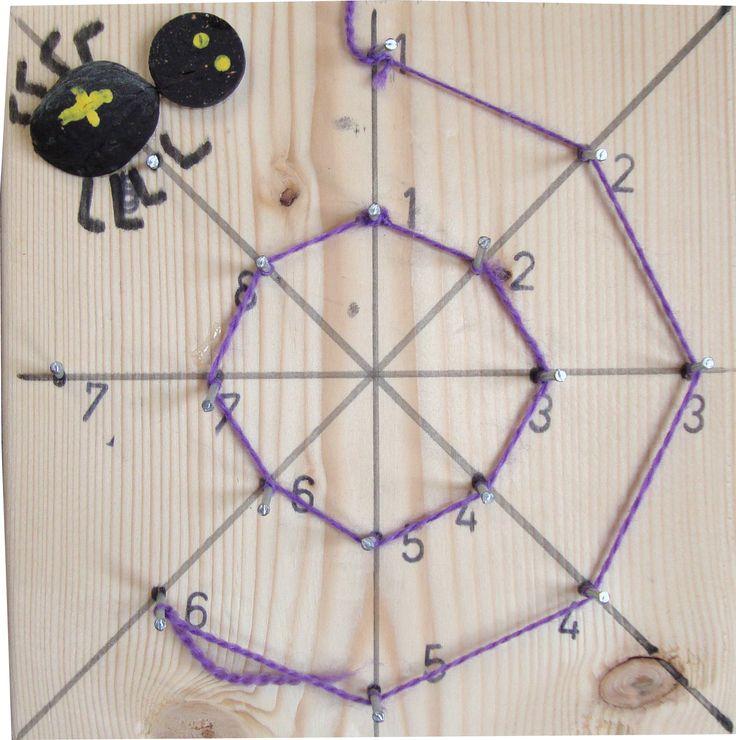 Volg met je touwtje de nummers van 1 t/m 8 en maak een spinnenweb.