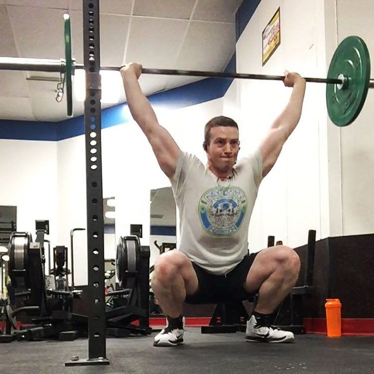 Part of my full body barbell/cardio routine. Definitely never thought I'd be doing overhead squats and they suck... Especially right after leg day. #bodybuilder #bodybuilding #bodybuildingcom #bodybuildingmotivation #motivation #transformation #progress #fatloss #trainhard #liftheavy #rogue #bmfit #letsgetshreddedtogether #gainz #everydayisarmday #physique #classicphysique #npc #ifbb #competitionprep #macros #diet #eatclean #healthyeating #lean #abs #squats #legs #cardio #newdawnsouthflorida…
