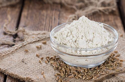 古代小麦のひとつであるスペルト小麦は、グルテンアレルギーが話題になって以来、健康食品として再び注目を浴びるようになりました。グルテンフリーではありませんが、スペルト小麦はアレルギーを発症しにくく、栄養価も大変高い上に効能も沢山ある歴史の古い食品です。
